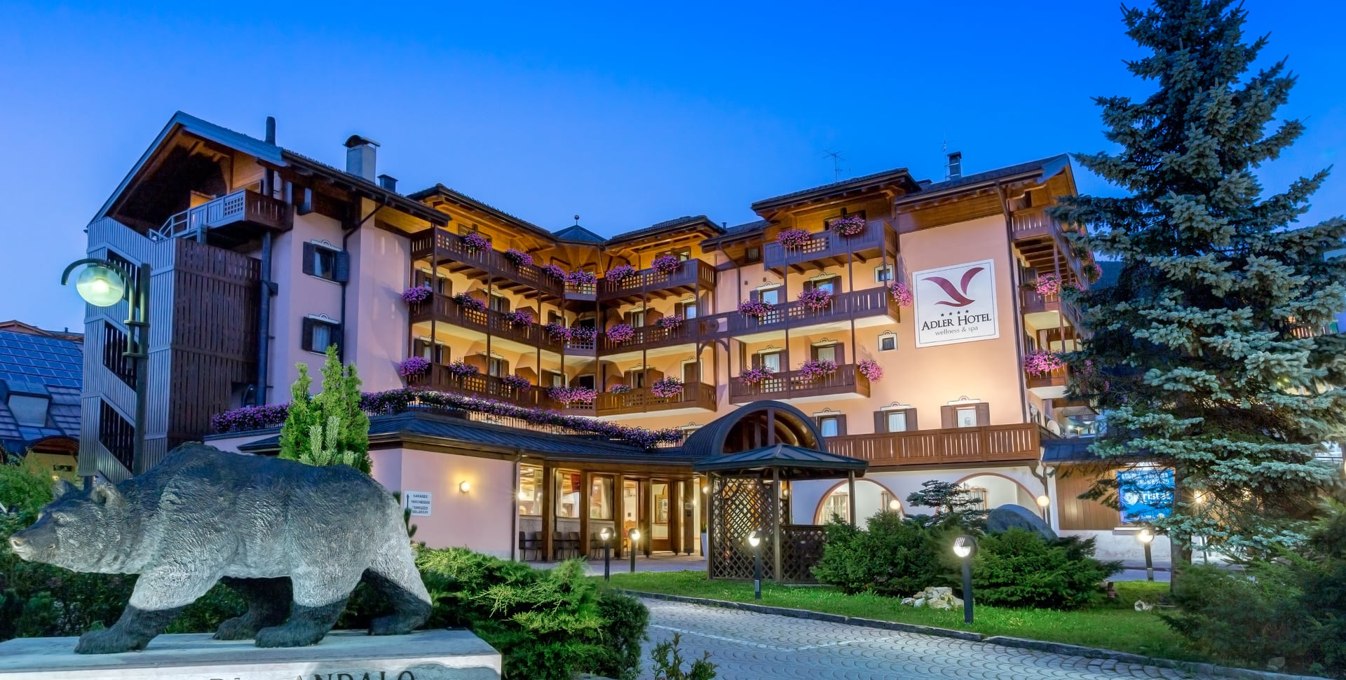 Hotel adler andalo hotel 4 stelle ad andalo for Hotel ad asiago con piscina